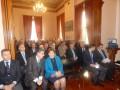 Από αριστερά προς τα δεξιά: ο Ταξίαρχος κ. Θεμιστοκλής Γρυμπίρης, ο Αντιπεριφερειάρχης Χίου, κ. Σταμάτης Κάρμαντζης, η Περιφερειάρχης Β. Αιγαίου κα. Χριστίνα Καλογήρου, ο Δήμαρχος Χίου κ. Εμμανουήλ Βουρνούς και ο Βουλευτής Χίου, κ. Νότης Μηταράκης.